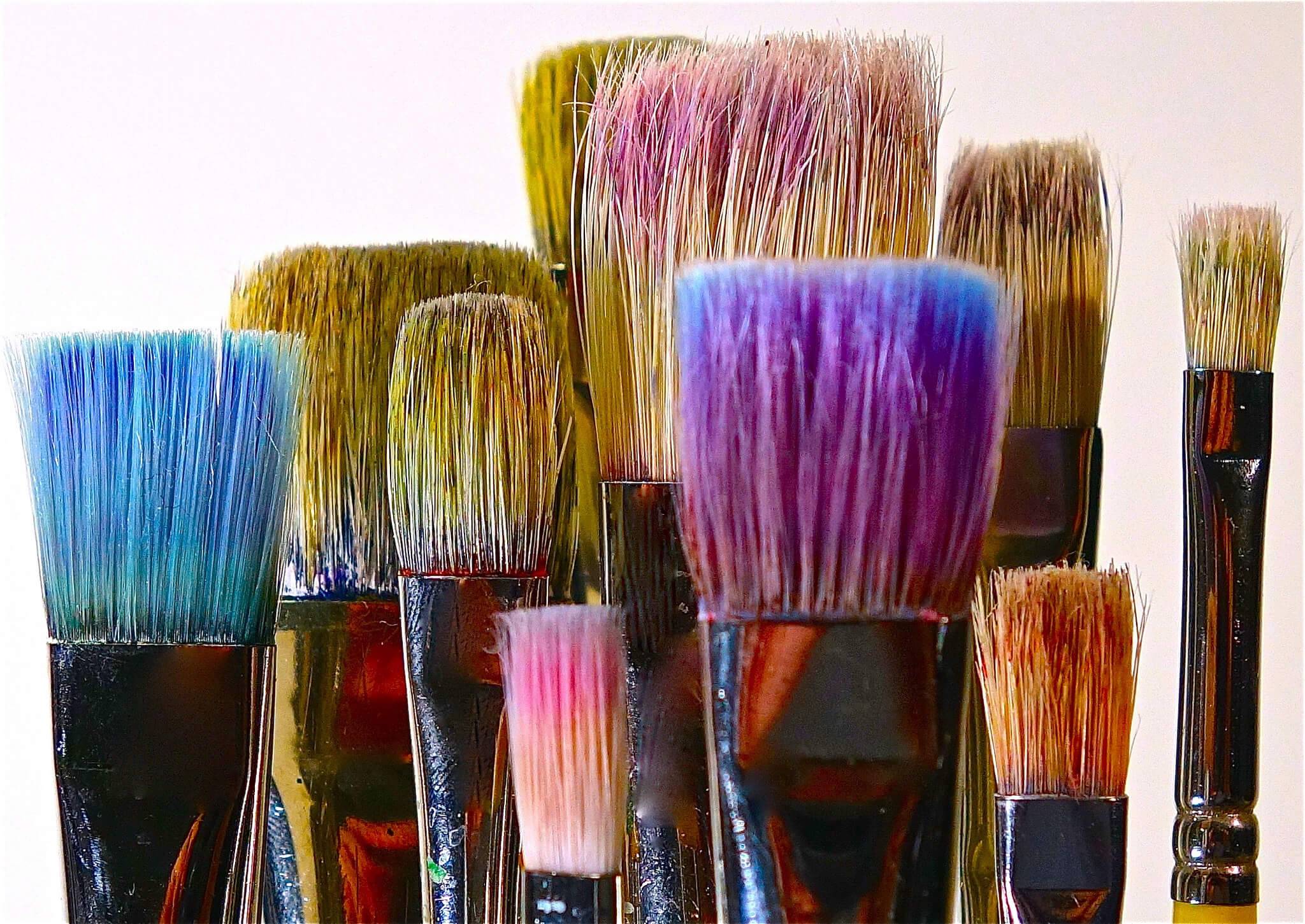 how-to-be-more-creative-brushes