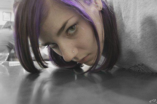 anxiety-creativity-unhappy-girl